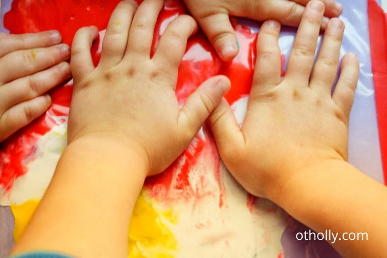 baby paint in bag activity