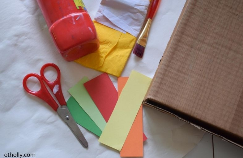 Image of things needed for pizza cutting activity for 2 and 3 year olds